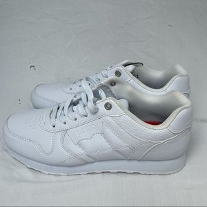 brand new levi's comfort white shoe